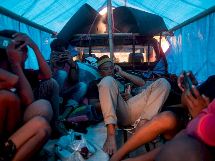 FOTO: Suasana Tempat Pengungsian Gempa Bumi Sulbar