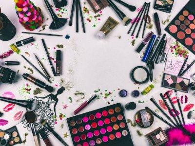 Ini Alasan Mengapa Produk Makeup Jangan Disimpan Terlalu Lama!