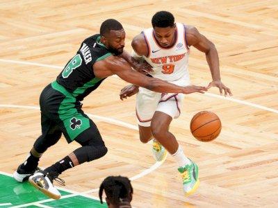 FOTO: Knicks Menang Telak 105-75 Atas Celtics