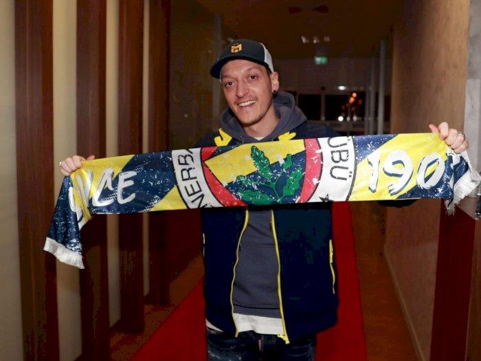 Klub Turki Fenerbahce Umumkan Kedatangan Mesut Ozil dari Arsenal