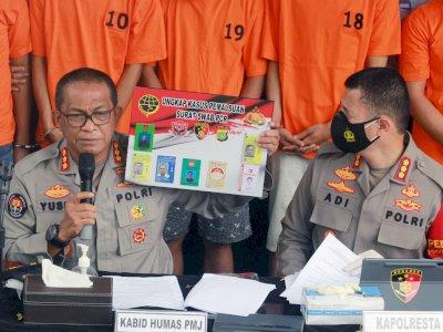 FOTO: Pengungkapan Kasus Pemalsuan Surat Swab PCR