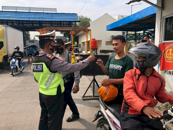 Program Jakarta Bermasker, Polres Tj Priok Bagikan Ribuan Masker Gratis