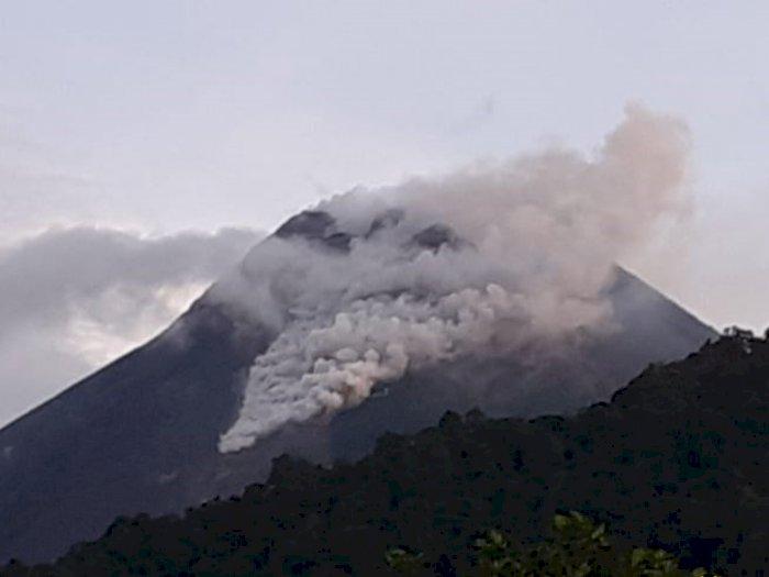 Senin Pagi, Gunung Merapi Kembali Luncurkan Awan Panas