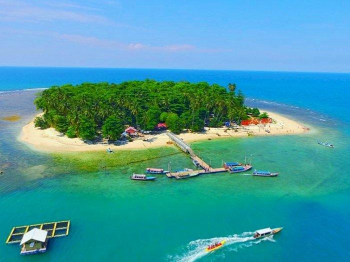 Cuaca Buruk di Pulau Angso Duo, Puluhan Wisatawan dan Pedagang Terjebak