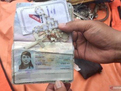 Identitas Grislend Gloria Natalies Korban Sriwijaya Air Ditemukan, Terselip Kalung Rosario