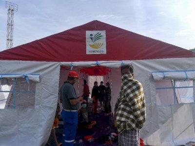 FOTO: Tenda COVID-19 Untuk Pengungsi Gempa Sulbar