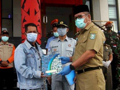 FOTO: Penyerahan Jenazah Korban Kecelakaan Sriwijaya Air SJ 182