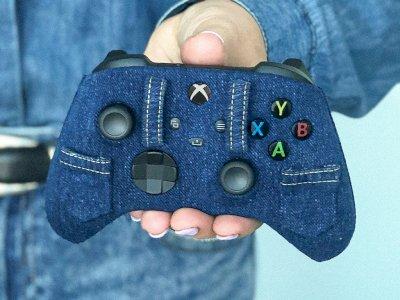 Unik, Controller Xbox Series X Ini Dibuat dari Bahan Denim, Ada Kantongnya!