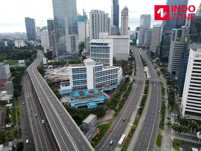 Pemprov DKI Pamer Jakarta Keluar dari 10 Kota Termacet, Netizen: Karena PSBB