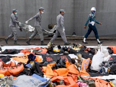 Hari ke-11, SAR Gabungan Kumpulkan 14 Kantong Jenazah Korban SJ-182