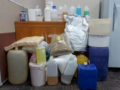 Tersangka Pembuat-Penjual Kosmetik Ilegal di Jakut Sudah 20 Tahun Beraksi
