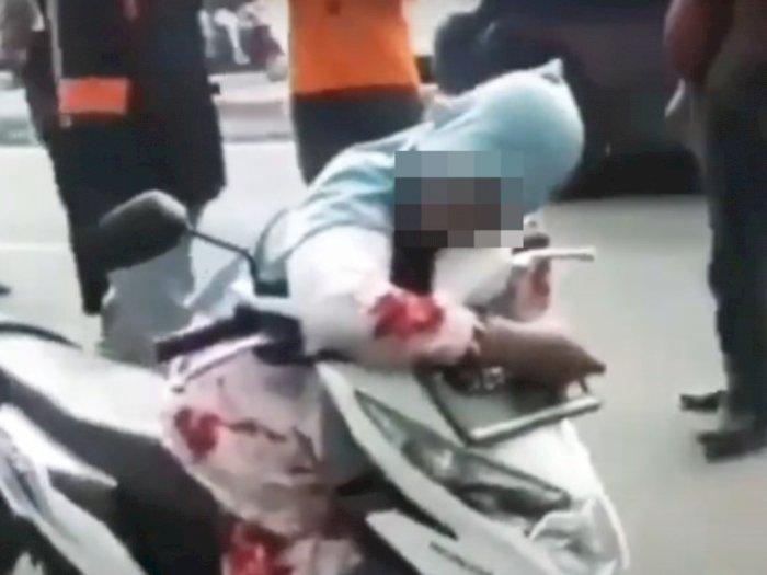 Wanita Tewas Tergeletak di Atas Motor, Diduga Serangan Jantung