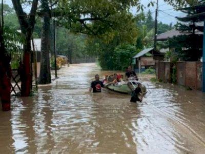 6 Orang Tewas di Manado, Diterjang Banjir, Longsor, dan Gelombang Tinggi Air Laut