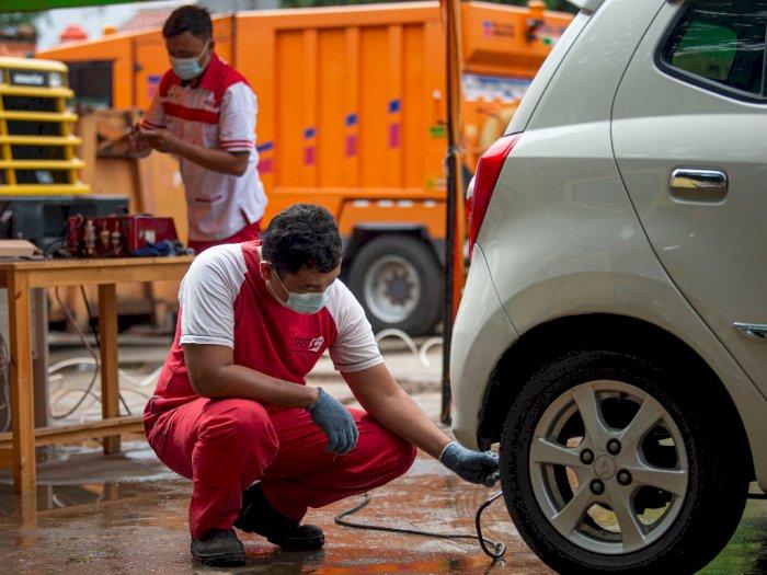 FOTO: Uji Emisi Gas Buang Kendaraan Bermotor Jakarta