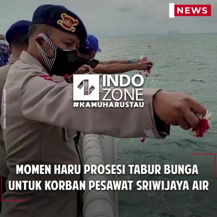 Momen Haru Prosesi Tabur Bunga untuk Korban Pesawat Sriwijaya Air