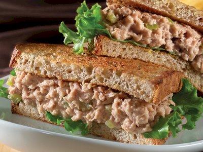 Bikin Sandwich Tuna Buat Menu Sarapan Lezat dan Bernutrisi