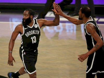 FOTO: Kombinasi Harden dan Durant Terlalu Kuat, Nets vs Bucks 125-123