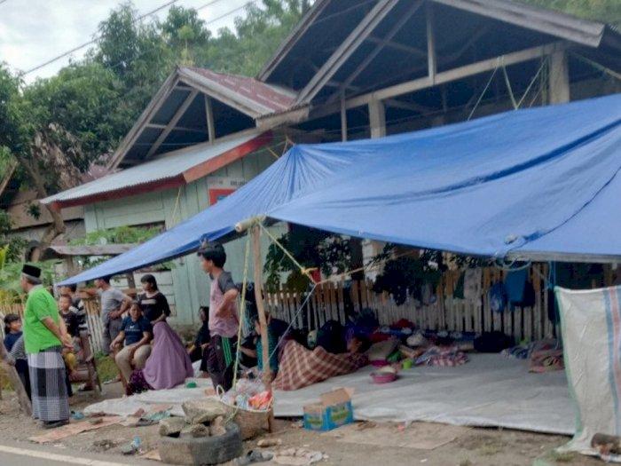 Sejumlah Pengungsi di Sulbar Mulai Bersihkan Rumah dan Pindah dari Posko Pengungsian