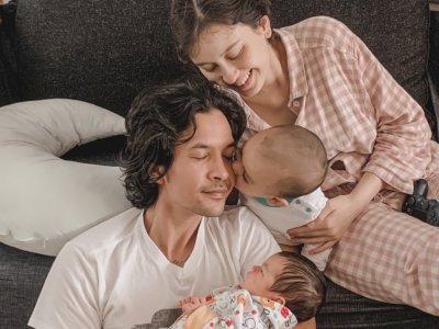 Kimberly Ryder & Edward Akbar Gelar Aqiqah Anak Kedua, Gemas Lihat Aisyah yang Cegukan