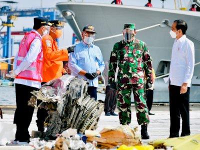 Presiden Jokowi Apresiasi Kerja Tim SAR Gabungan Evakuasi Sriwijaya Air