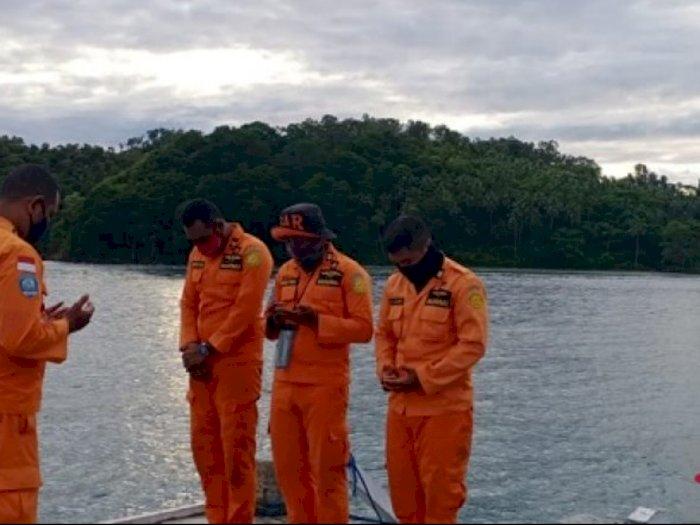 Basarnas Ambon Masih Mencari Keberadaan Mahmud Seknun, Penumpang Kapal yang Jatuh ke Laut