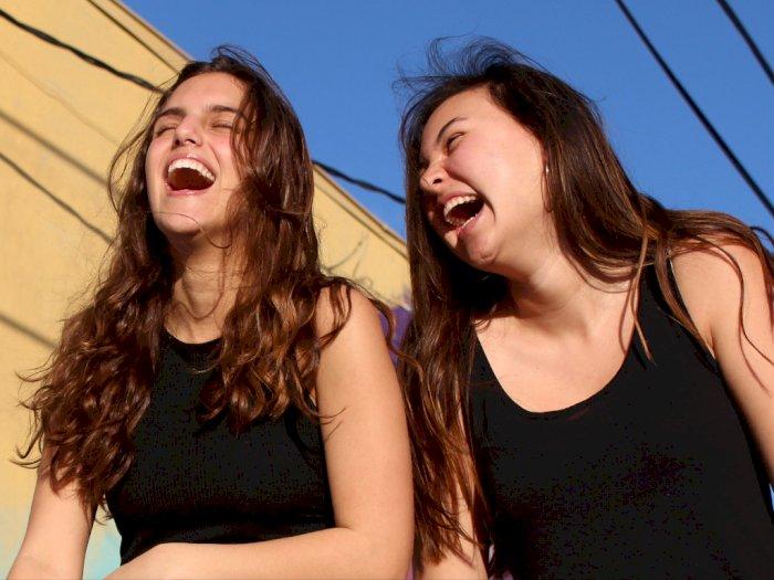 Begini Manfaat Kesehatan dari Tertawa yang Harus Kamu Tahu