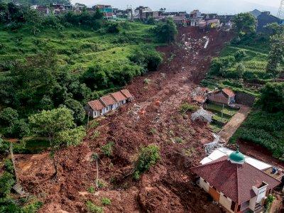 Mencuat Dugaan Kesalahan Pembangunan Drainase Sebabkan Longsor Sumedang, Polisi Selidiki
