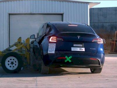 Mobil Listrik Tesla Model Y Meraih Nilai Sempurna Usai Dilakukan Uji Tabrak