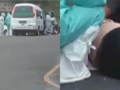 Mobil Ambulans Tabrak Emak-emak Pengendara Motor, Tergeletak di Jalan Tak Sadarkan Diri