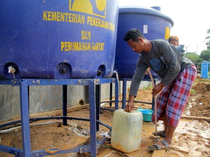 FOTO: Kebutuhan Air Bersih Korban Gempa Sulbar