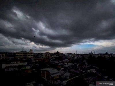 BMKG Ingatkan Masyarakat Waspadai Puncak Musim Hujan Januari-Februari