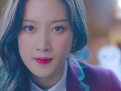 Yuk, Intip Skincare yang Dipakai Moon Ga Young dalam Drama 'True Beauty'