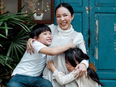 Dalam Rangka Hari Peluk Nasional, Yuk Ketahui Manfaat Kesehatan dari Berpelukan