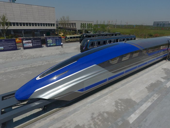 Dahsyat! Tiongkok Luncurkan Kereta Super Cepat, Tempuh 620 KM Per Jam