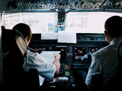 Ogah Terbang ke Israel, Seorang Pilot Maskapai Emirates Ditangguhkan