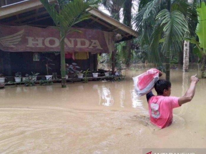 Banjir Terus Meluas, Ribuan Warga Aceh Tamiang Mengungsi
