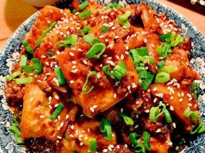 Sambut Imlek dengan Masakan Tionghoa Tahu Goreng Saus Szechuan, Ini Resepnya