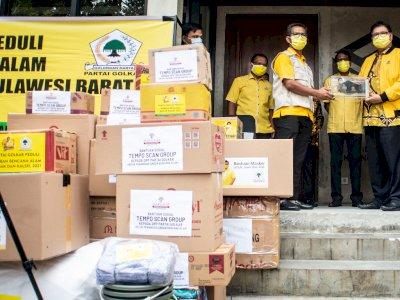 FOTO: Partai Golkar Distribusikan Bantuan untuk Korban Bencana Kalsel dan Sulbar