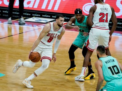 FOTO: Bulls vs Hornets 123-110, Memperpanjang Kemenangan Ketiga Beruntun