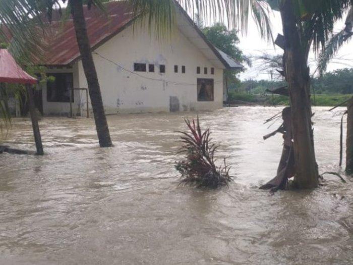 Ribuan Warga Aceh Tamiang Masih Mengungsi, BPBA Sebut Tinggi Air Banjir Hingga Dua Meter