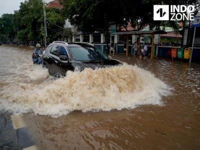 Sejumlah Wilayah di Kota Bekasi Terendam Banjir, Ada yang Capai 1 Meter