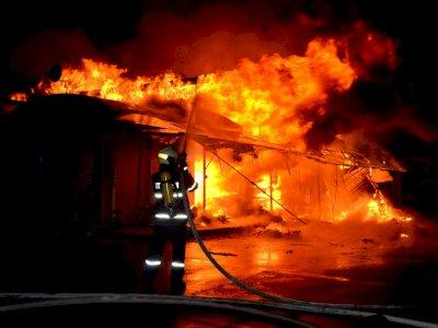 Kebakaran Terjadi di Kompleks Gudang Purbalingga, 1 Orang Tewas