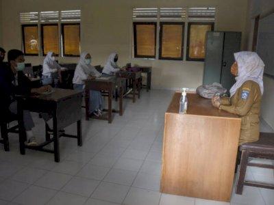 Siswi Non-Muslim di Padang Dipaksa Memakai Jilbab, Begini Kata KPAI