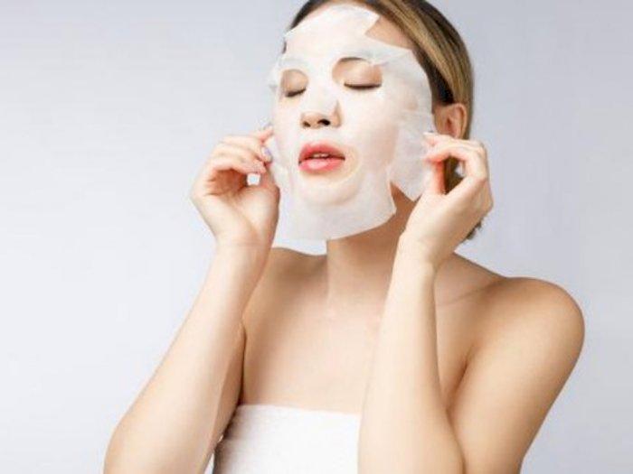 3 Rekomendasi Sheet Mask yang Efektif Melembabkan Kulit