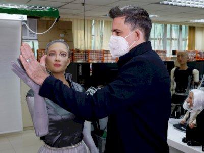 Pembuat Robot Humanoid Sophia Rencanakan Peluncuran Massal di Tengah Pandemi