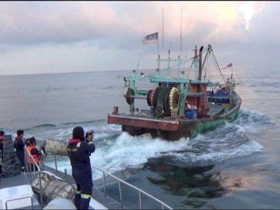 KKP Amankan Tiga Kapal Pencuri Ikan di Selat Malaka, Sempat Diwarnai Aksi Kejar-kejaran