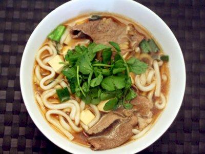 Kangen Makanan Restoran Jepang? Yuk Bikin Udon Daging Sapi Rumahan