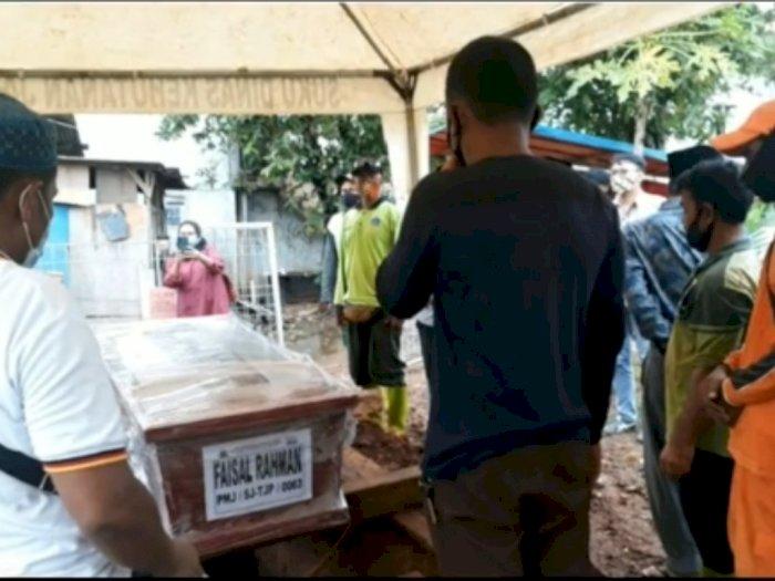 Pemakaman Faisal Rahman Korban Sriwijaya Air, Sajadah Hijaunya Ditemukan di Dasar Laut