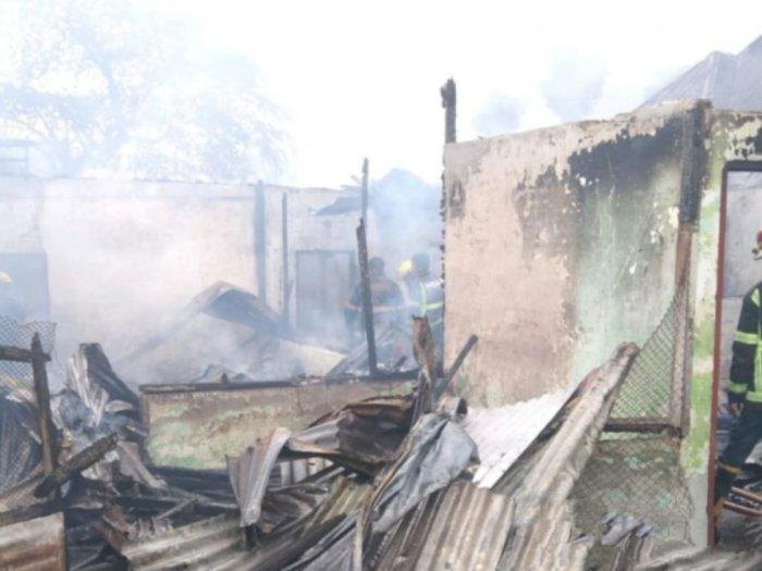 2 Unit Rumah Permanen di Jalan SM Raja Medan Terbakar, Penyebabnya Belum Diketahui
