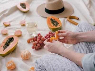 Ini Dia Fakta & Mitos Seputar Waktu yang Tepat Makan Buah yang #KAMUHARUSTAU